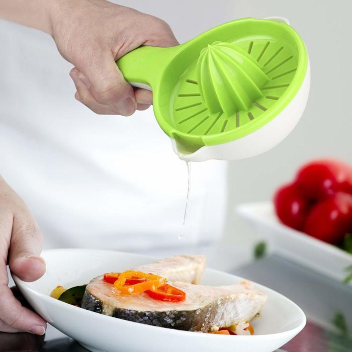 Легко мыть и удобно хранить, а еще лучше — можно получать свежий сок в два счета. /Фото: images-na.ssl-images-amazon.com