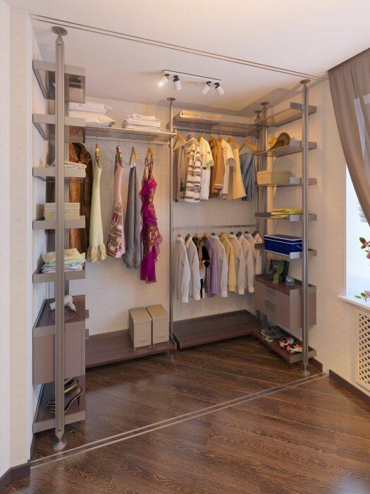 Еще одни оригинальный пример открытой гардеробной. /Фото: i.pinimg.com