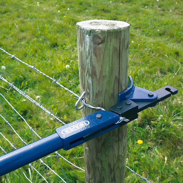 Полезное приспособление для тех, у кого есть свой участок земли. /Фото: cdn.aws.toolstation.com