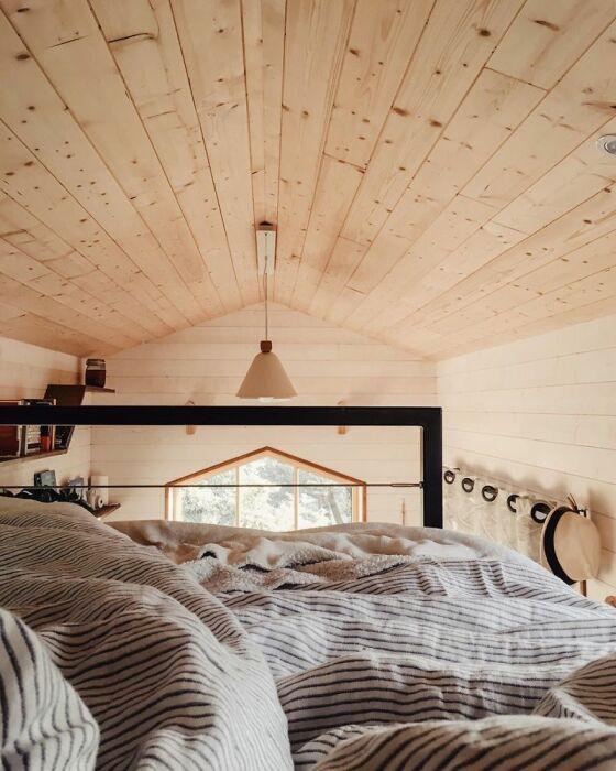 Уютное и комфортное спальное место. /Фото: static.boredpanda.com