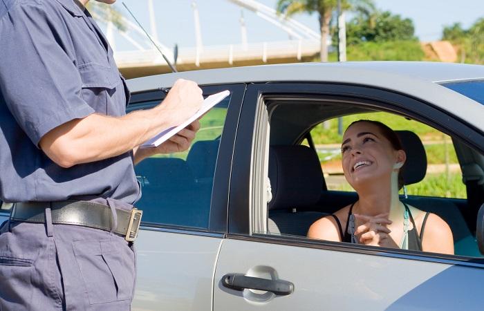Выполнение ПДД обеспечивает безопасность на дорогах. /Фото: whatyourbossthinks.com