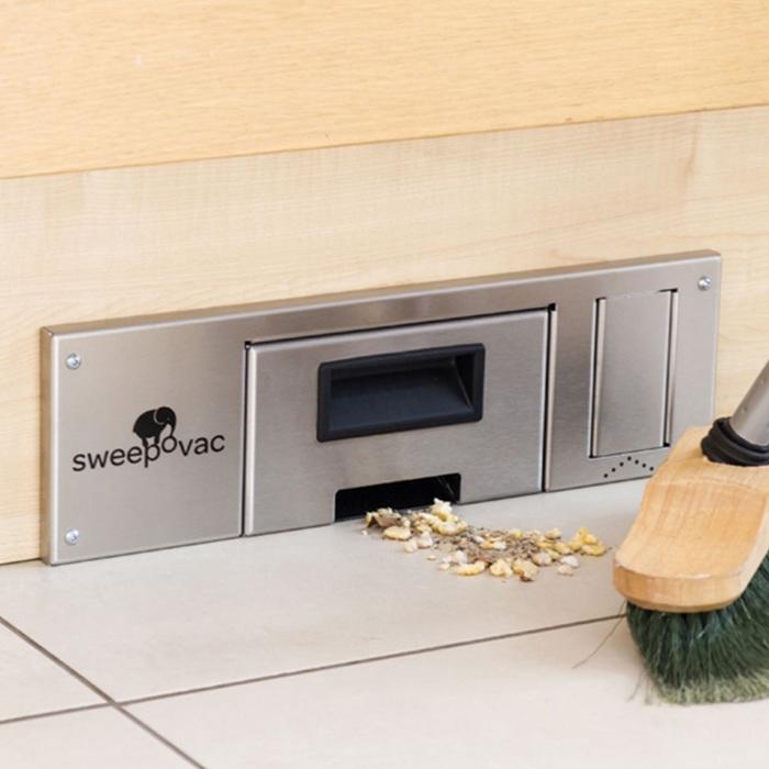 С таким устройством не нужен совок и нет необходимости доставать и тащить пылесос в кухню. /Фото: weizter.co.za