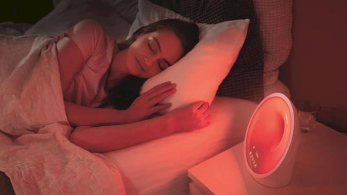 Световой будильник Somneo Sleep & Wake-up Light. /Фото: designlisticle.com