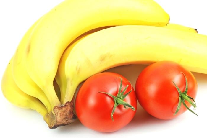 С помощью банана можно заставить помидоры стать намного вкуснее. /Фото: resource.wur.nl