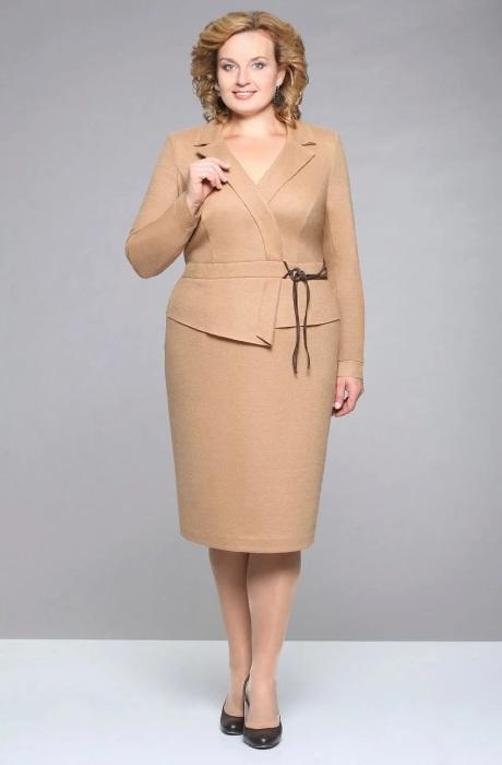 Классические деловые костюмы только современных моделей. /Фото: avatars.mds.yandex.net