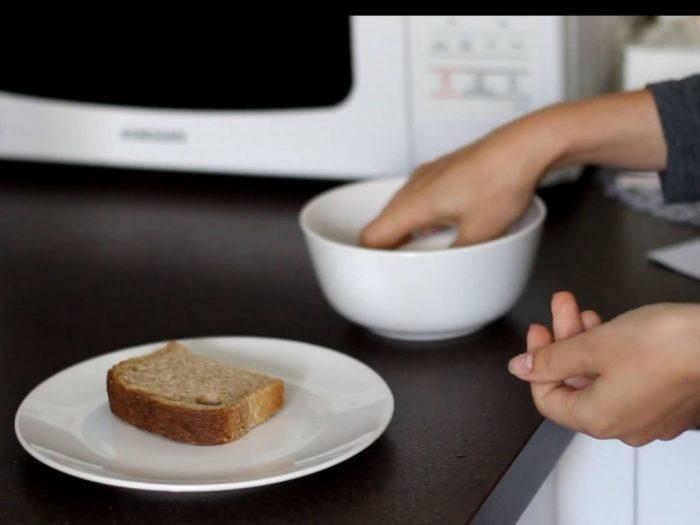 Маленькая хитрость поможет спасти легкий перекус. /Фото: mazorhomes.com
