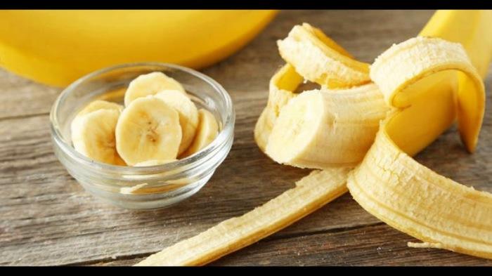 Прежде чем съесть спелый банан на завтрак, лучше подумать дважды. /Фото: i.ytimg.com