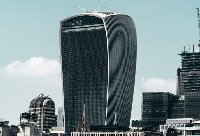 Из-за формы, напоминающей первые рации, небоскреб называют Walkie Talkie. /Фото: nsinsurance.com