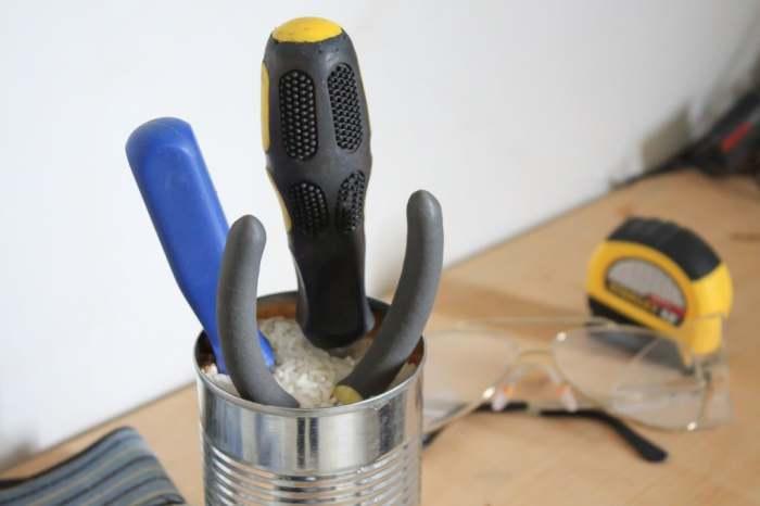Рис защитит инструменты от коррозии. /Фото: cdn.instructables.com