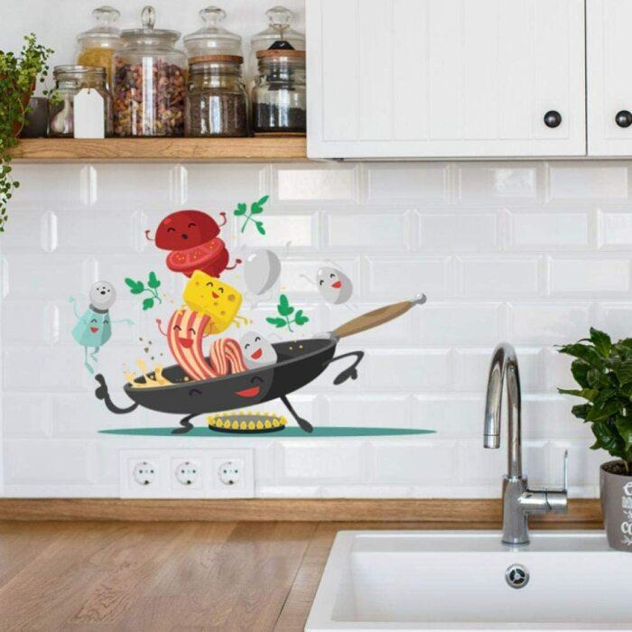 Разноцветная виниловая наклейка, которая поднимает настроение. /Фото: images-na.ssl-images-amazon.com