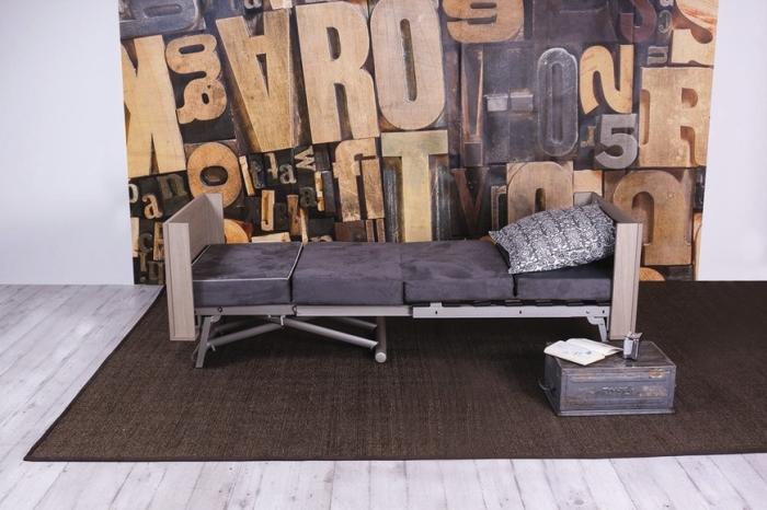 Компактный диванчик, который можно собрать за пару минут. /Фото: cdn.exiteme.com