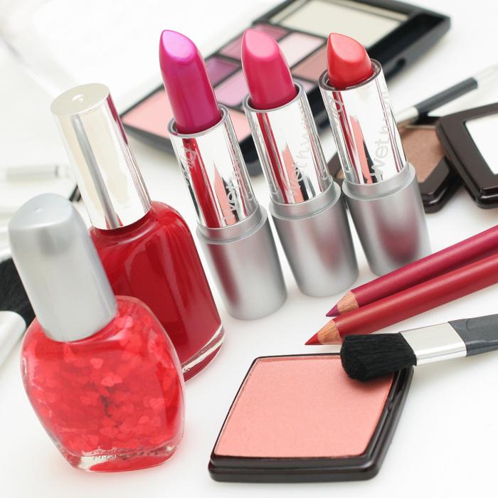 Спирт спасёт макияж, даже если кажется, что дело совсем плохо. /Фото: info-god.com