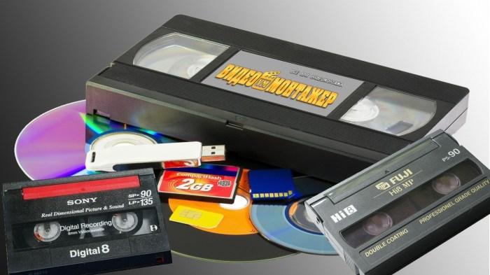 Старые кассеты и диски сегодня никому не нужны. /Фото: i2.wp.com