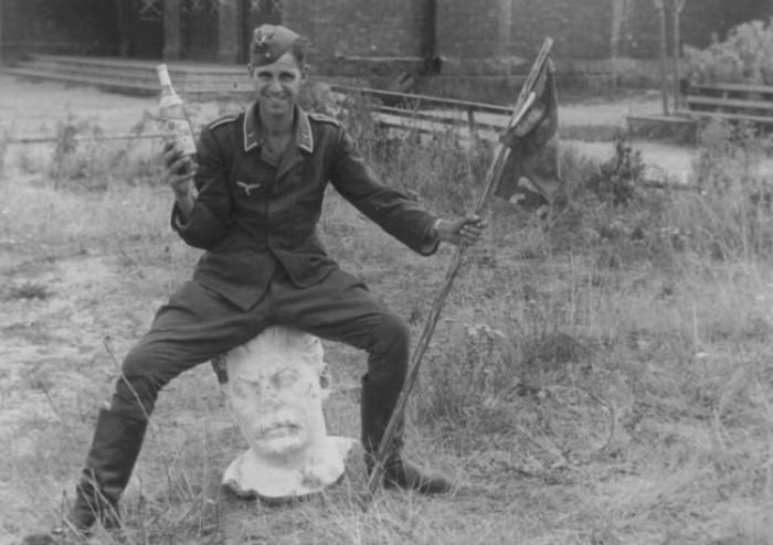Гитлеровец под действием одурманивающих веществ. /Фото: res.cloudinary.com
