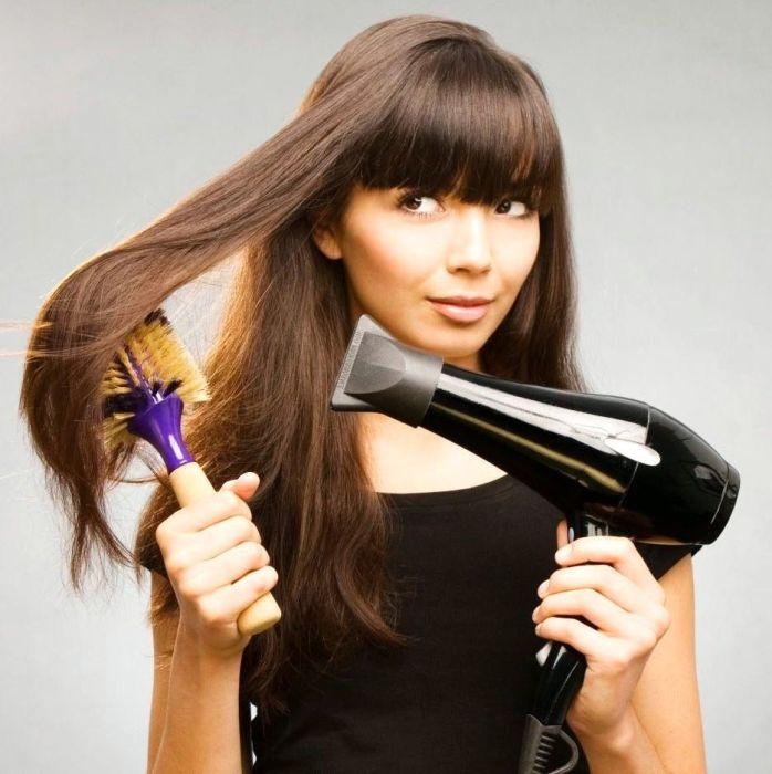 Плоская насадка — важный элемент в укладке волос. /Фото: two-parikmaher.ru