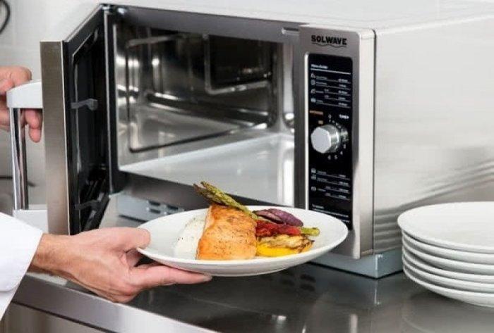 Заготавливать много — не лучшая идея для здорового питания. /Фото: blog.comfy.ua