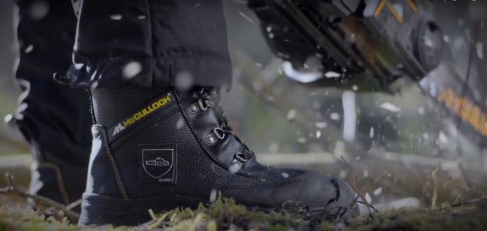 Ботинки, которые пригодятся рабочим и путешественникам. /Фото: youtube.com/watch?v=NcH9s1VqNKI