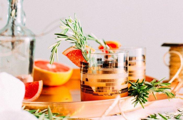Если пить напитки в кафе, то только с добавлением виски. /Фото: bit.ua