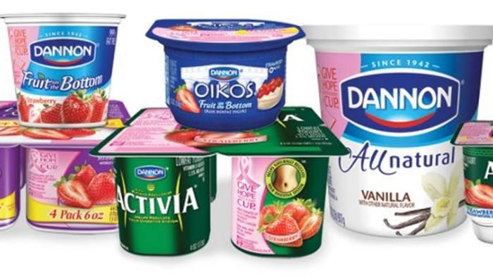 В США любимый йогурт можно найти под именем Dannon. /Фото: imgix.bustle.com