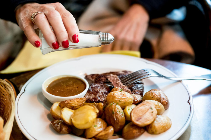 Не торопитесь солить еду, если вы в Египте. /Фото: puppydocblog.files.wordpress.com