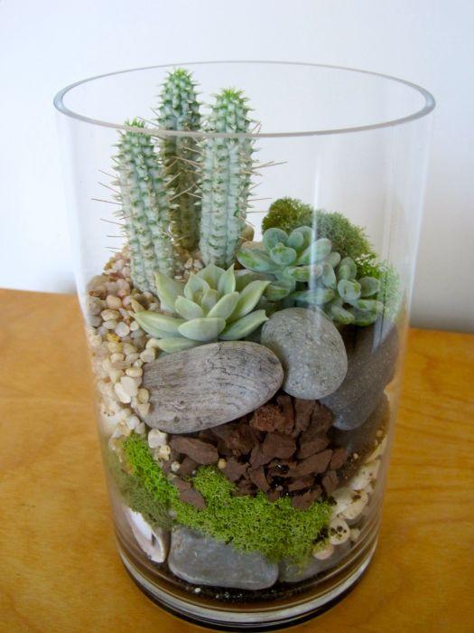 Оригинальная композиция с разными растениями. /Фото: i.pinimg.com