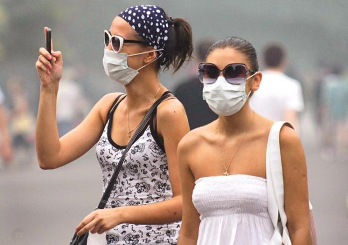 Хирургическая маска не дает стопроцентной защиты от вирусов. /Фото: bike-magazin.de