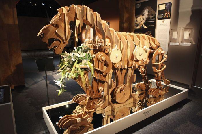 Механический лев, воссозданный итальянскими инженерами в 2019 году к 500-летию со дня смерти Леонардо да Винчи. /Фото: iicparigi.esteri.it