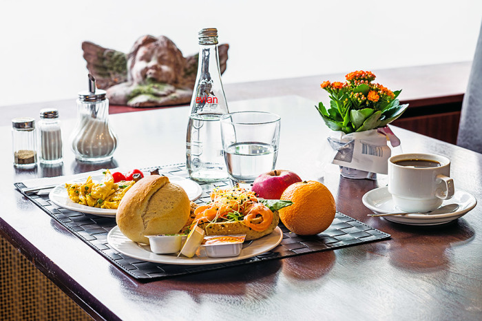 Готовый завтрак. /Фото: hotelpanoramaberlin.de