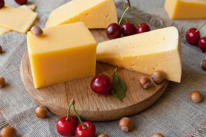 Сыр, оказывается, тоже можно без опасений замораживать. /Фото: zviazda.by