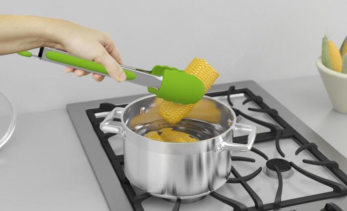 Кухонные щипцы хозяйки часто недооценивают, и абсолютно зря. /Фото: cdn.shopify.com