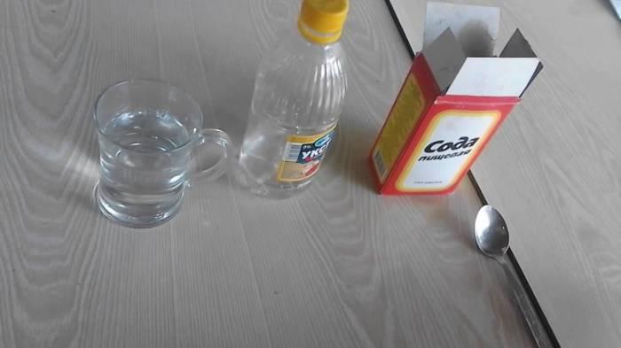 Лучше не стоит использовать для уборки не проверенные как следует советы. /Фото: i.ytimg.com