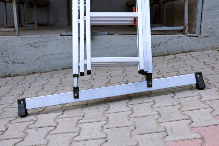 Удивительно удобная конструкция для строительной лестницы. /Фото: alucomfort.be