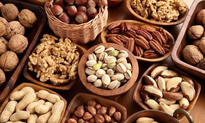 Орехи – превосходная замена кондитерским изделиям. /Фото: i.dailymail.co.uk