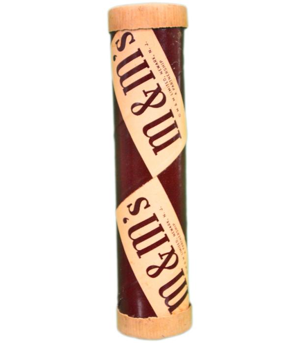 Первые конфеты M&M's выпускались в тубах и поставлялись в армию. /Фото: cdn-tp4.mozu.com