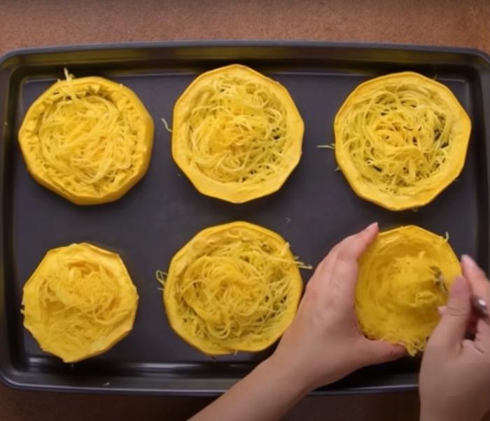 Низкокалорийная еда с аппетитным видом. /Фото: youtube.com