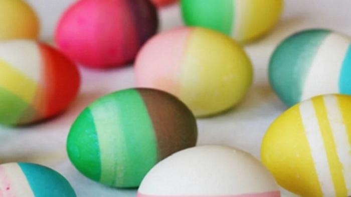 Колор-блокинг пасхальных яиц. /Фото: avatars.mds.yandex.net