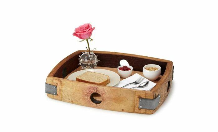Поднос всегда приходится в хозяйстве. /Фото: cdn.homecrux.com