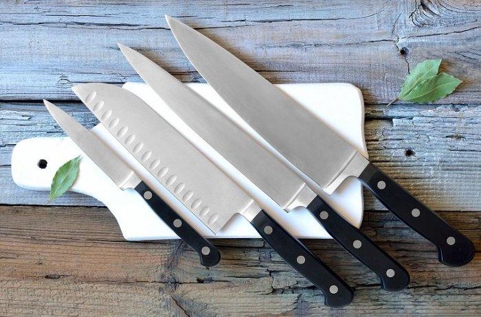 С острым ножом работа на кузне будет более простой и безопасной. /Фото: blog.comfy.ua