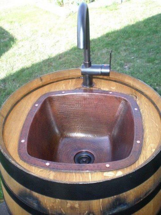 Необычная раковина для дачного участка. /Фото: diyprojects.ideas2live4.com