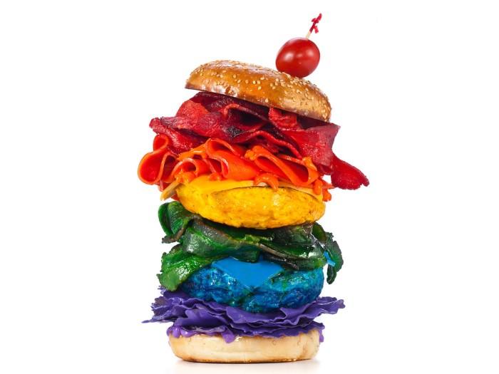 Яркие краски привлекают любителей покушать радостно. /Фото: miro.medium.com