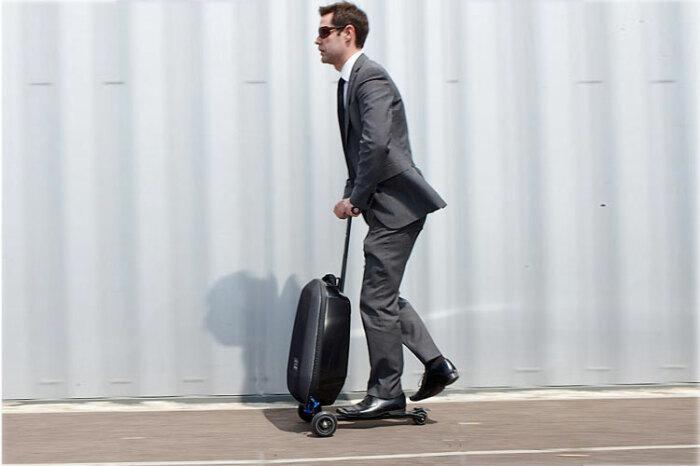 С таким чемоданом на поезд или самолет точно не опоздаешь. /Фото: adaymag.com