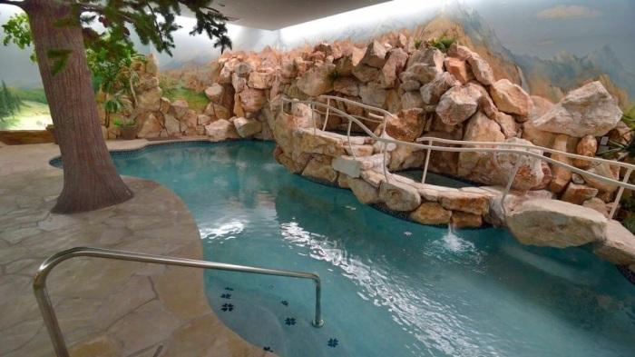Оформление пространства под землей имитирует наземный ландшафт. /Фото: ewscripps.brightspotcdn.com