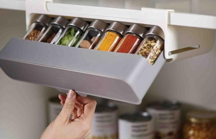 На кухне надо поддерживать порядок, но можно делать это с удовольствием.