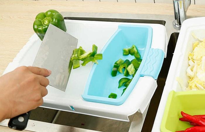 Удобное и практичное решение для маленькой кухни.