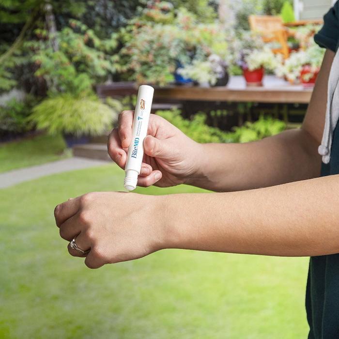 Если уж укусил комар, надо облегчить зуд. /Фото: images-na.ssl-images-amazon.com