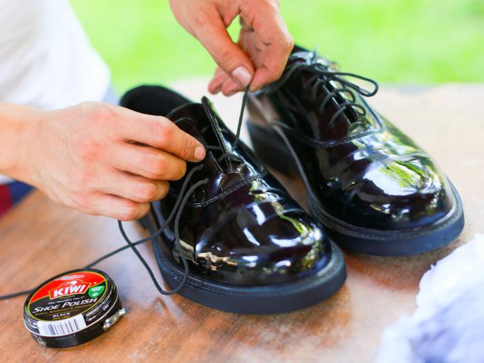Чистая обувь — основа безупречного имиджа. /Фото: wikihow.com