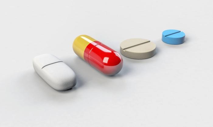 Некоторые таблетки вместо пользы приносят вред, надо проявить особую осторожность. /Фото: scopeblog.stanford.edu