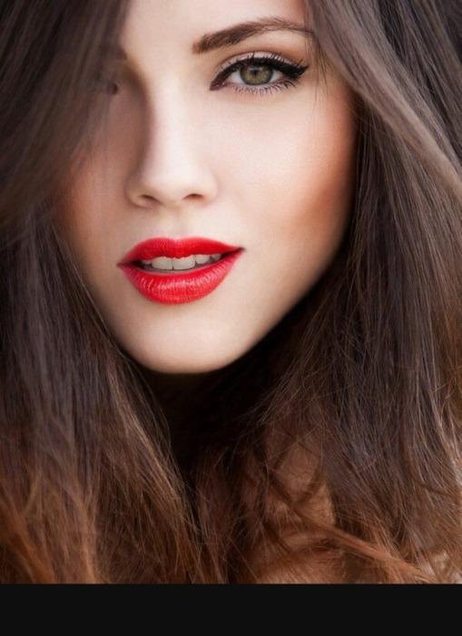 Влюбленность возникает на уровне инстинктов, красный — лучший цвет для притяжения. /Фото: womansay.net