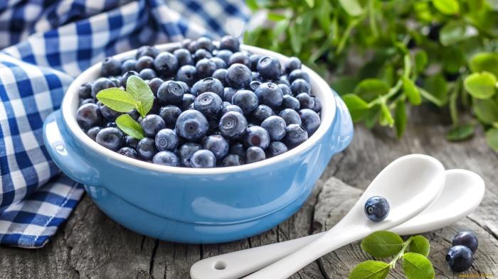 Продлить свежесть ягод поможет уксус. /Фото: i.artfile.me