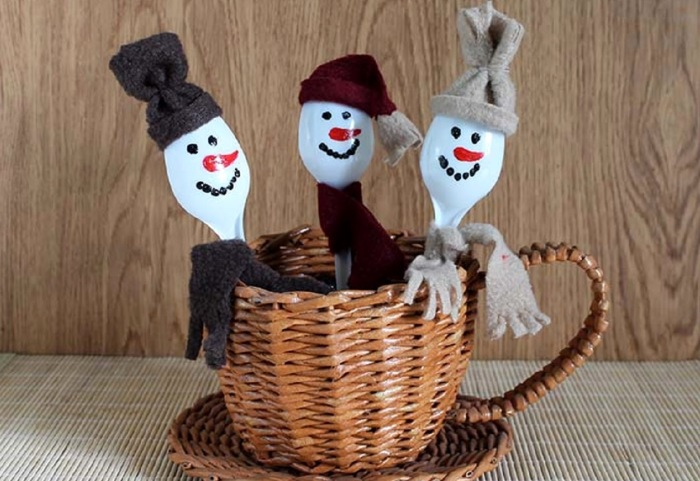 Милые снеговички. /Фото: mamsy.ru